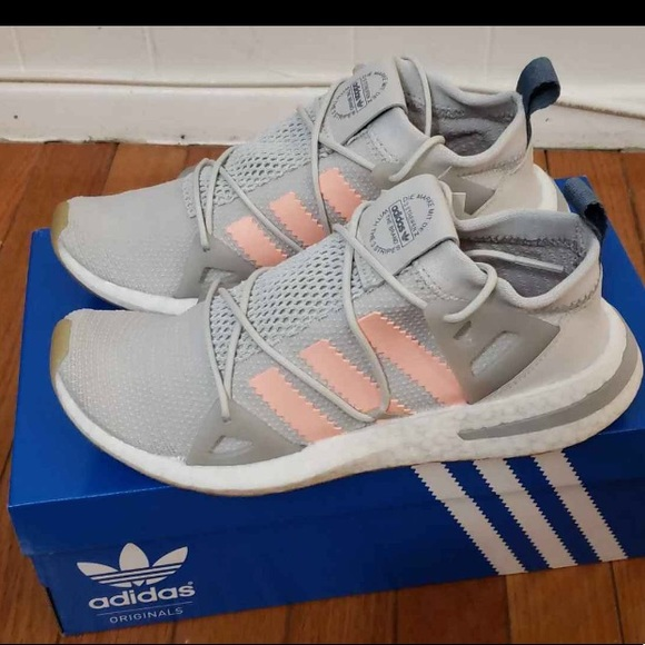 be1f9c4d4 Adidas Arkins size 7